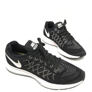 Nike Zoom Pegasus 32, Women's size 8M, Black white